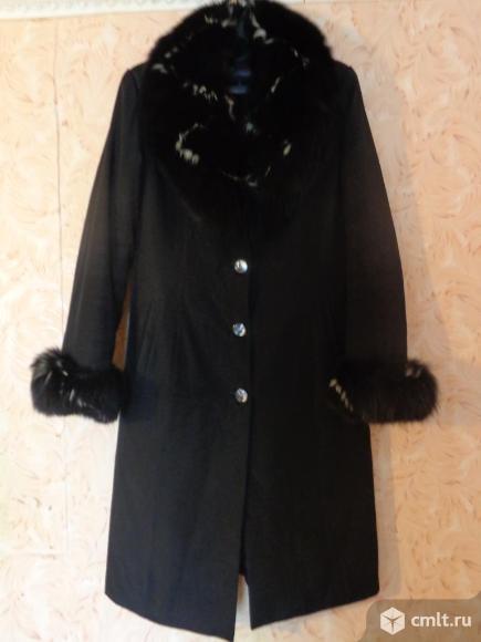 Пальто зимнее, натуральный мех 48-50