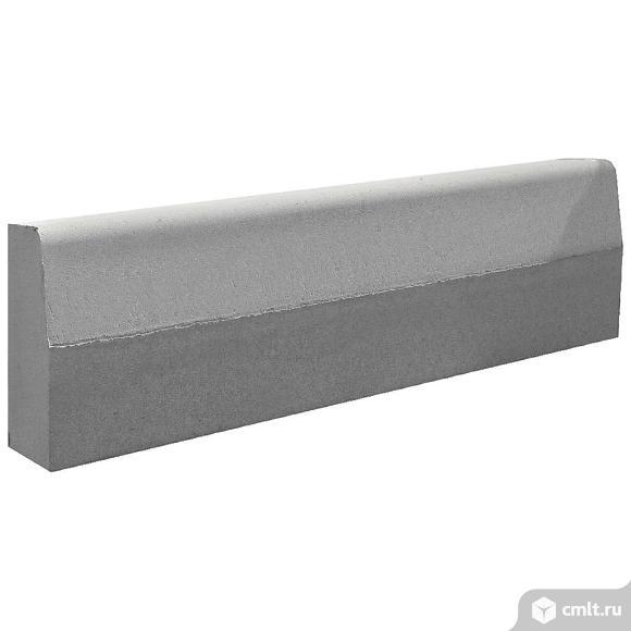 Камень бортовой вибропрессованный  1000х300х180мм, серый, (15шт, упаковка). Фото 1.