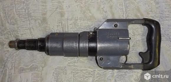Строительный пистолет для дюбелей