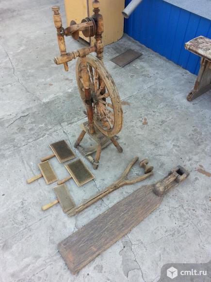 Прялка с колесом,ножная и опции старинные. Фото 4.