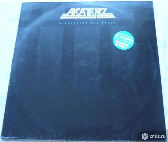 """Грампластинка (винил). Гигант [12"""" LP]. Alcatrazz. Disturbing The Peace. (C)(P) 1985 Capitol Records. Фото 1."""