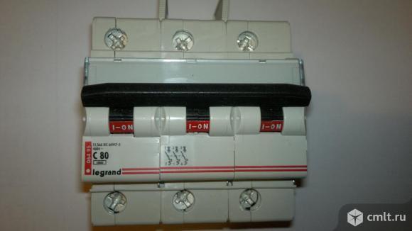 Выключатель автоматический 3 полюса 80A C12.5kA DX