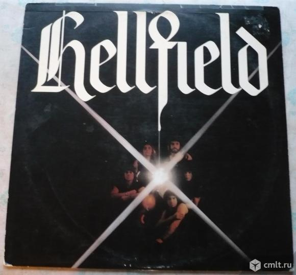 "Грампластинка (винил). Гигант [12"" LP]. Hellfield. Hellfield. (C)(P) 1978 CBS Records Canada Ltd.. Фото 1."