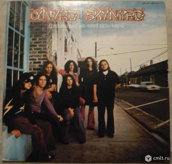 "Грампластинка (винил). Гигант [12"" LP]. Lynyrd Skynyrd. (Pronounced leh-nerd skin-nerd). 1973. USA.. Фото 1."