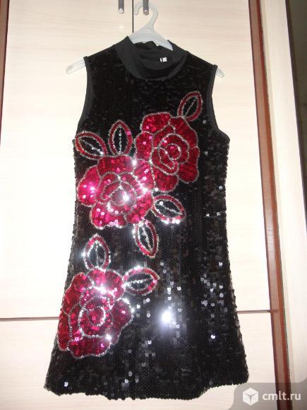 Нарядное платье-туника 9-10 лет