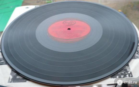 "Грампластинка (винил). Гигант [12"" LP]. Les Pionniers Du Rock. Enregistrements Originaux. 1973.. Фото 6."