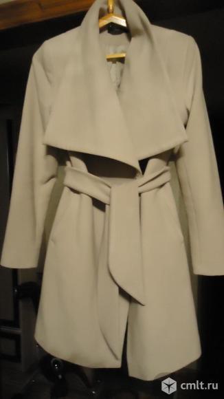 Пальто,демисезонная куртка