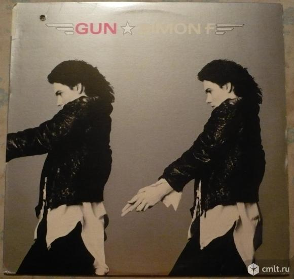 "Грампластинка (винил). Гигант [12"" LP]. Simon F (Simon Fellowes). Gun. 1985 Chrysalis Records. США.. Фото 1."