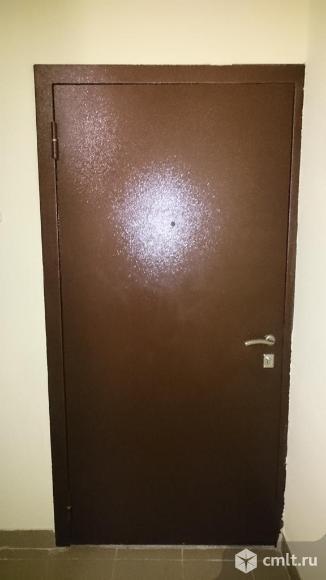 Входная металлическая дверь с коробкой