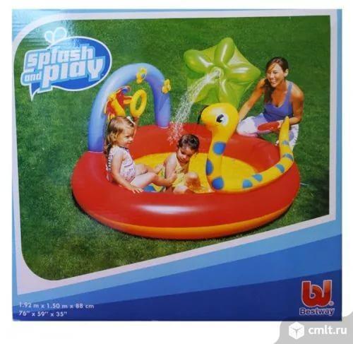 Продам Бассейн-Игровой центр надувной Bestway Удавчик с фонтаном