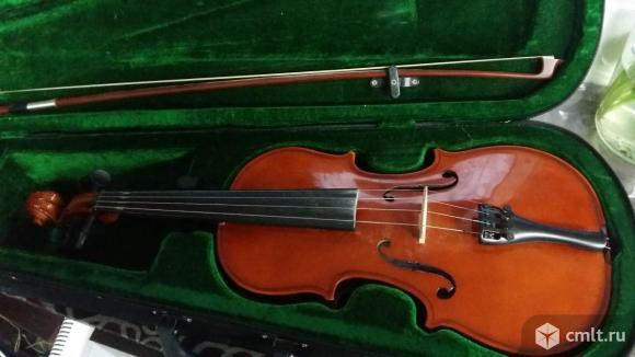 Продается скрипка 3/4 со смычком в футляре
