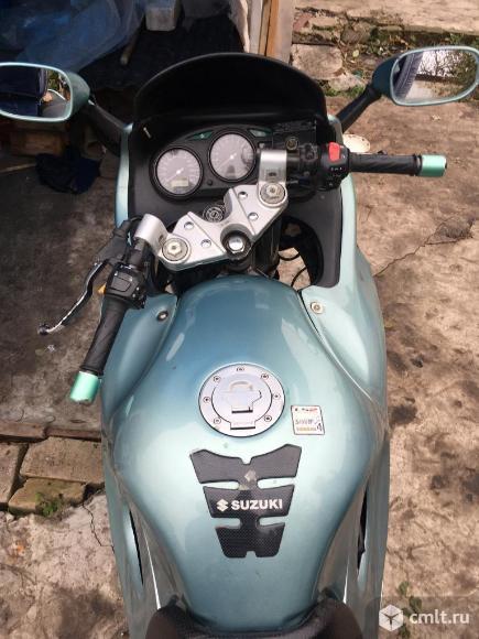 Мотоцикл Suzuki  - 2002 г. в.