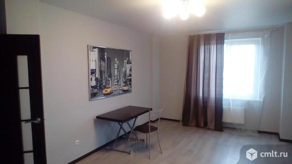"""2-комнатная квартира 64 кв.м с качественным ремонтом в районе гипермаркета """"Окей"""""""