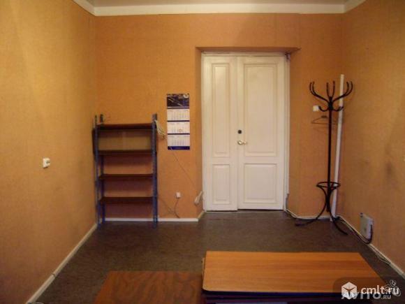 Помещение под офис площадью 40 кв.м, на 1 этаже 8-этажного офисно-жилого комплекса классаA+ в 3 мин