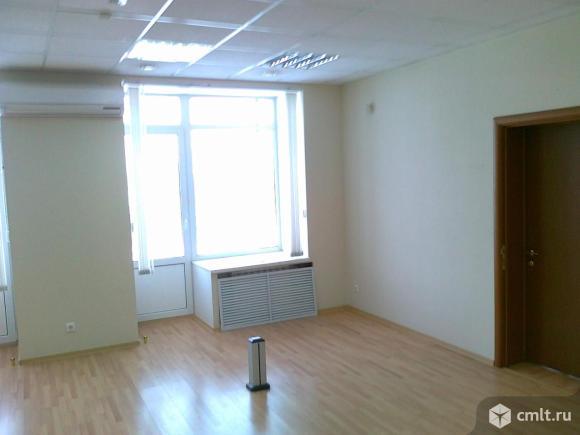 Продается здание 2298 м2