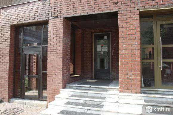 Продается нежилое помещение 366 кв.м, м.Смоленская