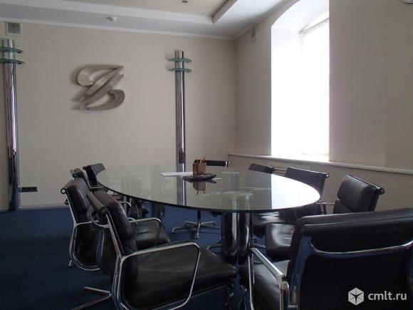 Продам здание: 1600 кв. м, м. Белорусская