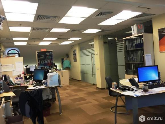 Офис в аренду 1529 кв.м, 3 312 833 руб./мес.