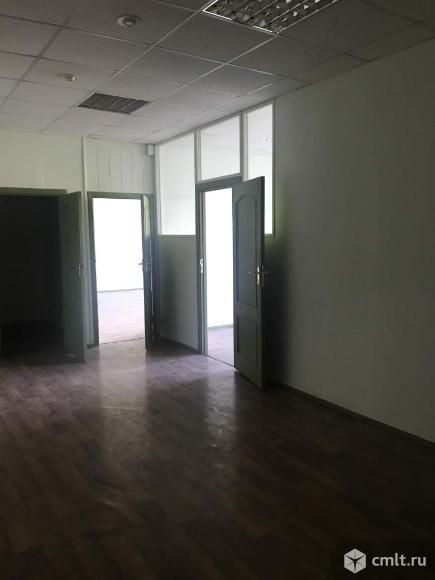 Офис площадью 126 кв.м, на 3 этаже 3-этажного административного здания классаC в 10 мин.
