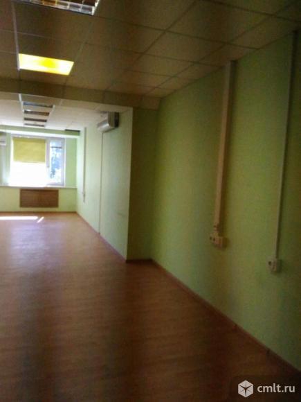 Аренда офисного помещения площадью 71.6 кв.м, на 3 этаже 6-этажного бизнес-центра классаB в 9 мин.