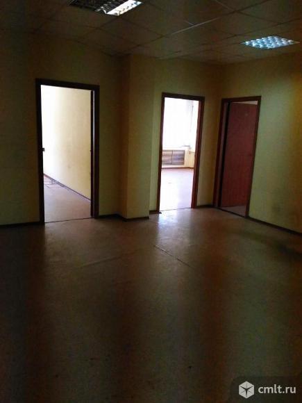 Помещение под офис площадью 165 м2, на 1 этаже 6-этажного бизнес-центра класса B в 9 мин.