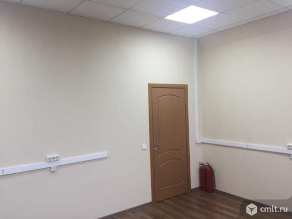 Офис площадью 22.4 м2, на 3 этаже 3-этажного офисно-производственного комплекса классаB+ в 8 мин.