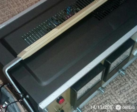 Пуско зарядное устройство (ПЗУ) 12 В . Ток заряда 20 А