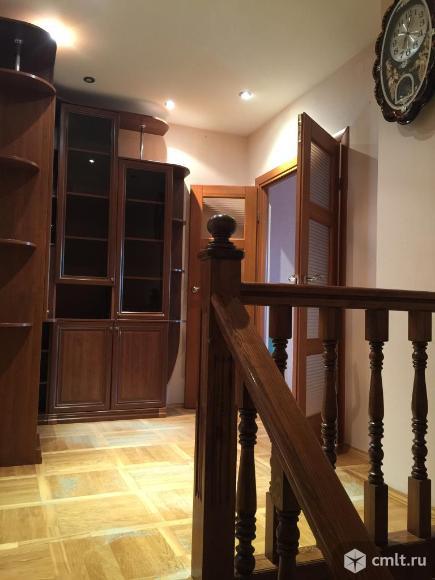 Двухэтажная 2х-комнатная квартира 83кв.м