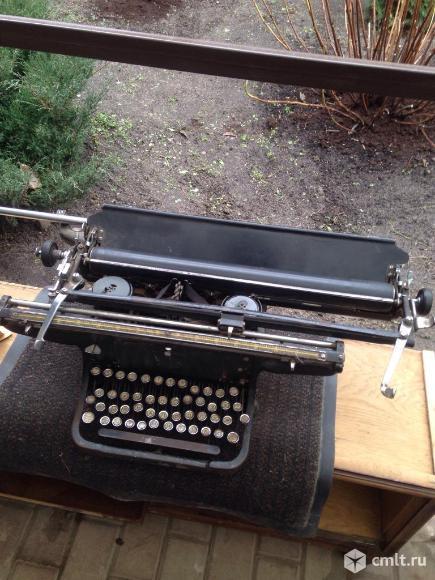 Печатная машинка. Фото 1.