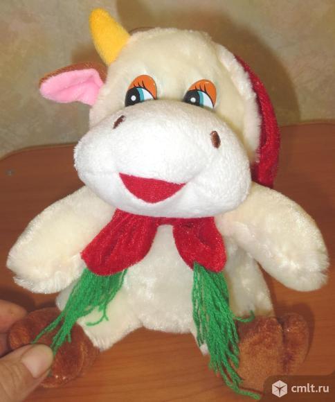 Мягкая игрушка бычок мычит и смеется на разный лад