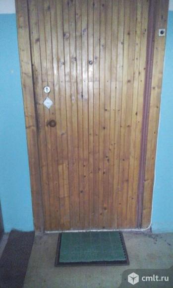 Продаётся  металлическая входная дверь