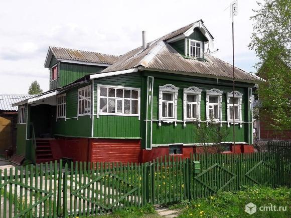 Продам: дом 240 м2 на участке 15 сот.
