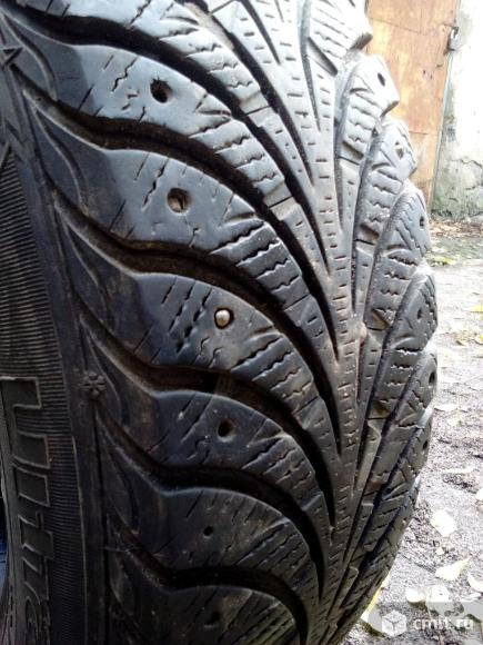 15 R 195/65 Goodyear Ultra Grip Extreme одна шина. Фото 1.