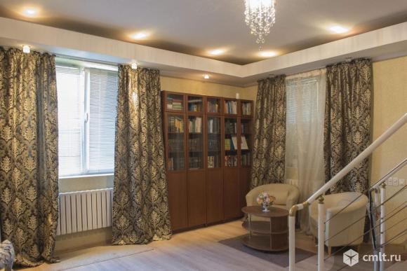 Продается: дом 360 кв.м. на участке 10 сот.
