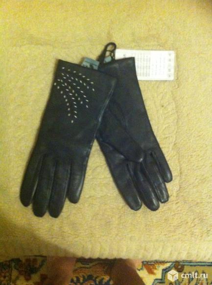 Перчатки кожаные. Фото 1.