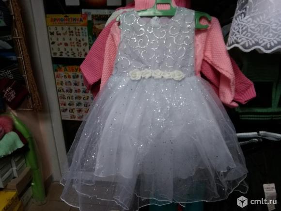 Новогоднее платье новое 4-5 лет