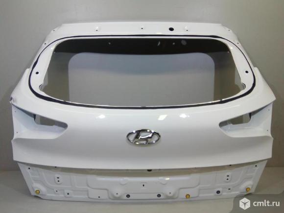 Крышка багажника HYUNDAI TUCSON 15- б/у 73700D7000 4*. Фото 1.