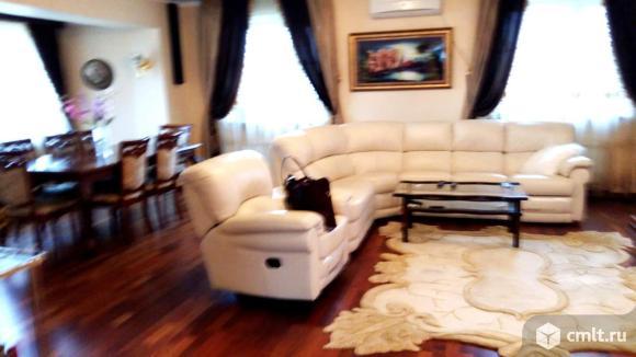 Продажа: дом 280 м2 на участке 10 сот.