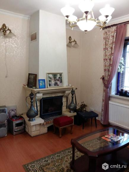 Продам:зимний дом 302 м2 на участке 12.02 сот.