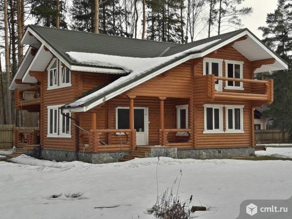 Продам: дом 230 кв.м. на участке 8 сот