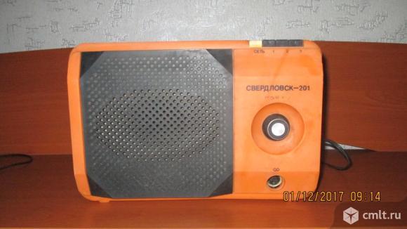Радиоприемник свердловск 201