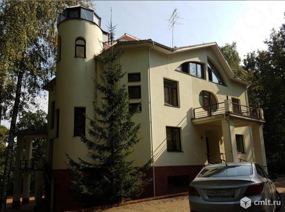 Продается: дом 718.6 кв.м. на участке 60 сот.