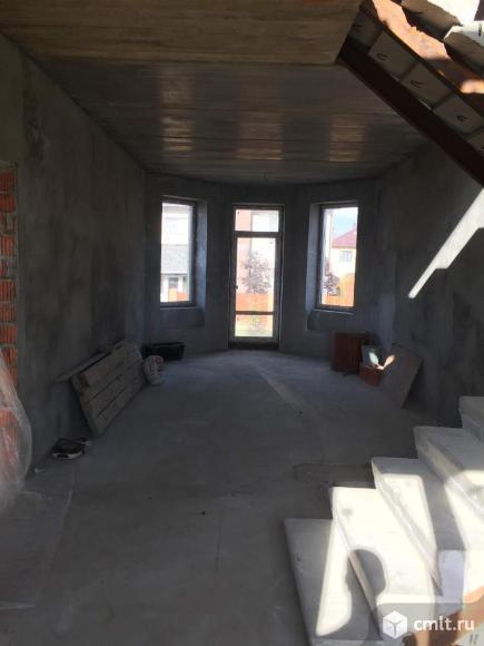 Продам: дом 250 м2 на участке 8,8 сот.