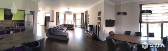 Продам: дом 290 кв.м. на участке 19 сот.