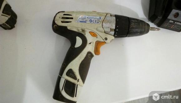 Продам 12В шуруповерт Декстер