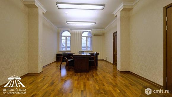 Аренда офиса 500 м2, 465 000 руб./мес.