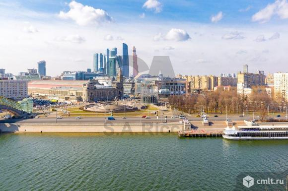 Продается 6-комн. квартира 300 кв. м, м. Киевская