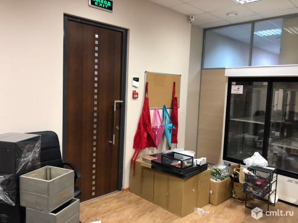 Продам офис 75 кв.м м.Молодежная