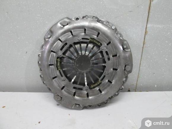 Корзина сцепления LUK 240мм MERCEDES A0202501201 новая. Фото 1.