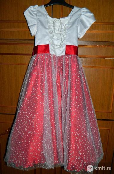 Продам бальное платье для девочки.
